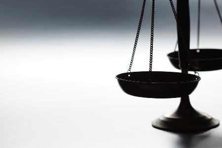 Il giudice ha  l'obbligo di accertare sempre la co...