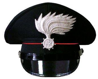Due militari dell'Arma, Tenenza Carabinieri di...