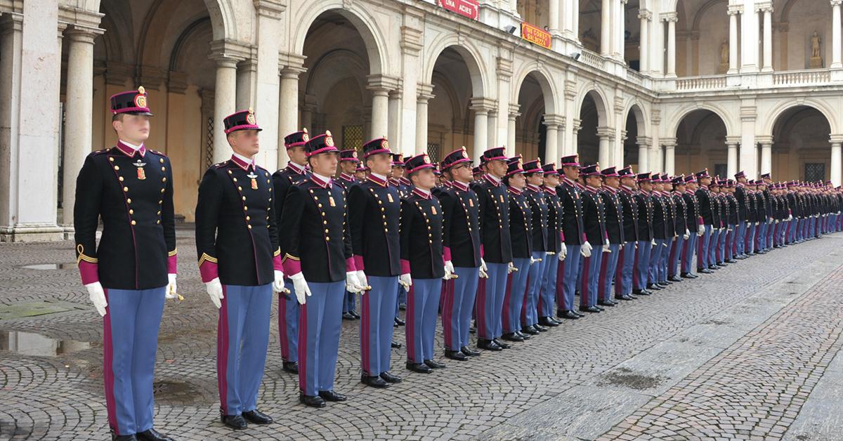Escluso dall'Accademia Militare di Modena per ...