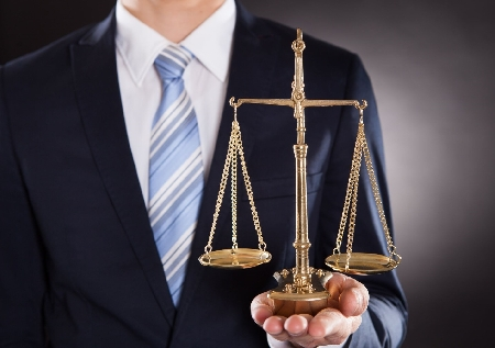 Trapani. Avvocato, assolto dal COA, viene condanna...