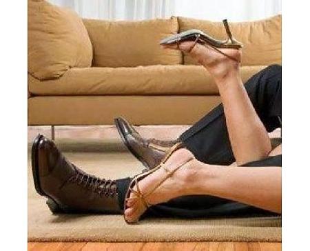 Il rapporto confidenziale del marito con un'altra...