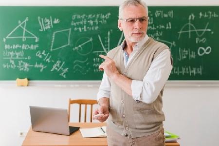 Introduzione  dell'insegnamento  scolastico  dell'...