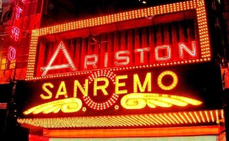 Festival di Sanremo. Un cantautore italiano ricorr...