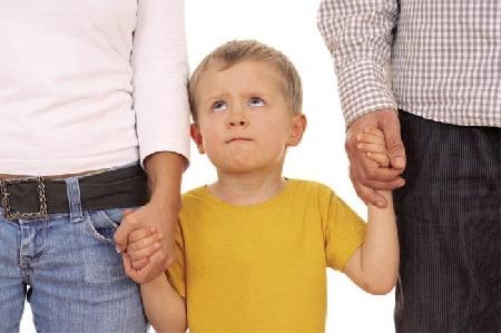 Affidamento di un figlio di età minore. Restrizion...