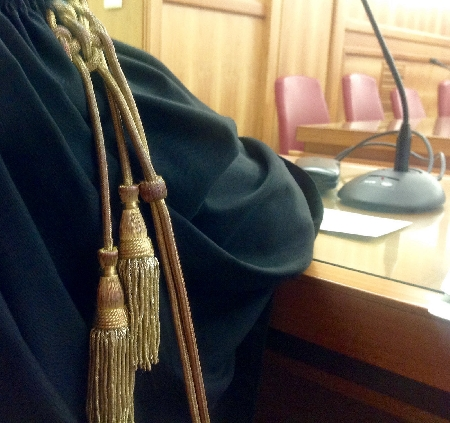 La Procura di Napoli detta le regole per l'accesso...
