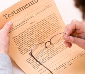 Chiedere la registrazione di un testamento non equ...