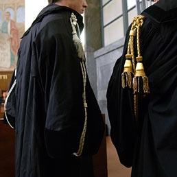 Rapporto di frequentazione del Giudice con il dife...